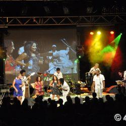AFFAIRES - FETES - Salle AGORA - festival-alpilles- (2)